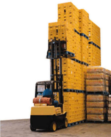 forklift_stacking-skids-pallets